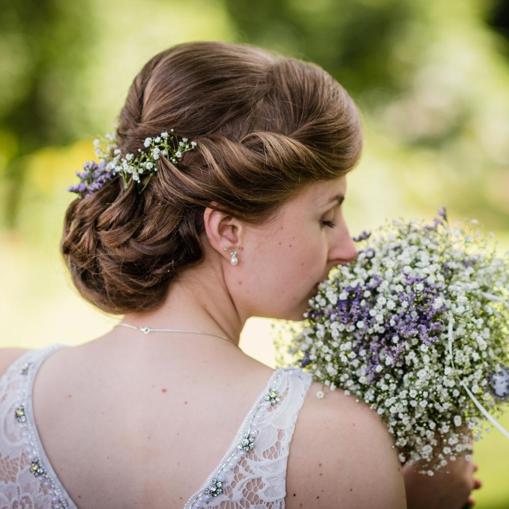 Brautfrisuren naturlich